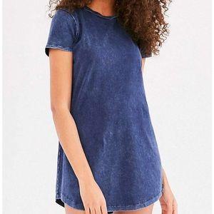 UO blue t shirt dress